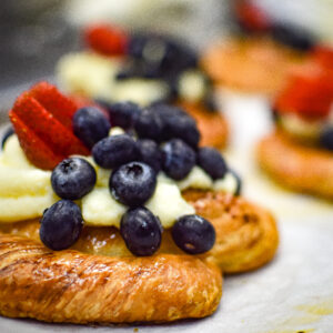 viennoiserie fruits pastry